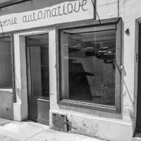 hervey_clamecy-reflets-vitrines-netb-4